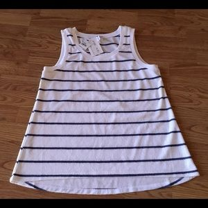 NWT ladies top, white navy sleeveless sz M